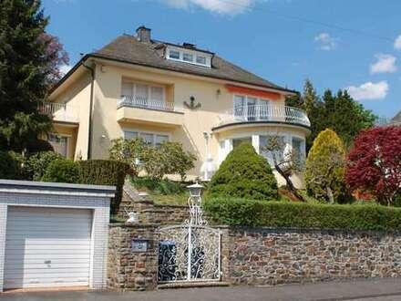 """Traumhaftes Wohnambiente´ Herrenhaus/ Villa der 30er Jahre in Bestlage von Siegen """"Am Wellersberg"""""""