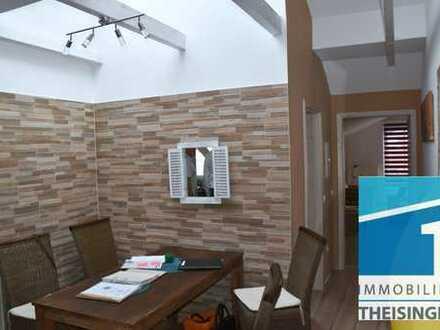 Renovierte, moderne 2,5 Zimmer Dachgeschoßwohnung in Gaimersheim / OT mit unverbaubaren Fernblick