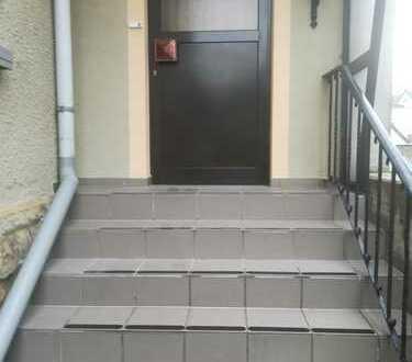 Modernisierte 3-Zimmer-Hochparterre-Wohnung mit EBK in Bünde