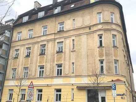 Vermietete 3-Zi.-Altbauwohnung m. Balkon - Denkmalschutz - Für Kapitalanleger