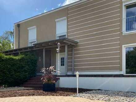 Doppelhaushälfte über 2 Etagen zur Miete in ruhiger Lage von Stahnsdorf