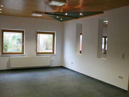 Geräumige Büroräume vor den Toren Schwäbisch Halls - mit guter Autobahnanbindung!