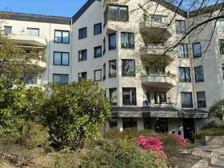 Vermietete großzügige 4 1/2 Raum Eigentumswohnung am Stadtpark