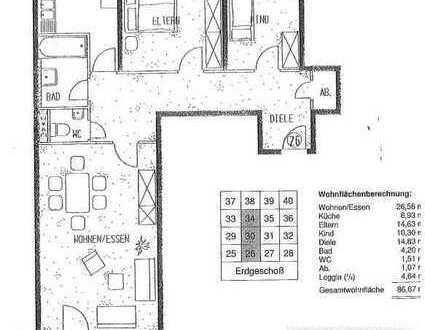 Vollständig renovierte 3-Zimmer-Wohnung mit Balkon in Zwickau