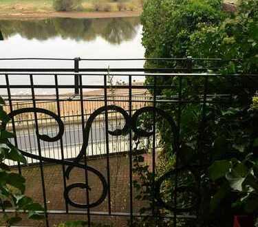 Tolle Wohnung mit Balkon und Elbblick
