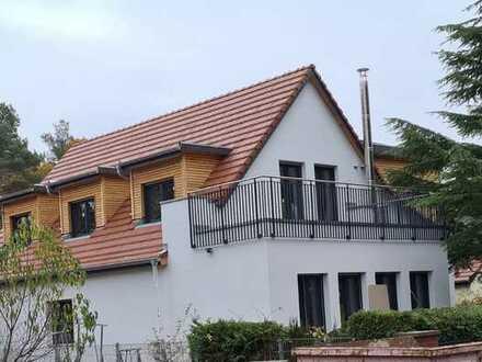 Erstbezug - modernes Zweifamilienhaus