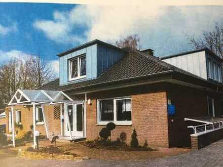 Gewerbeobjekt mit großem Wohnhaus / Büro, Hallen für Werkstatt o Lager zu vermieten