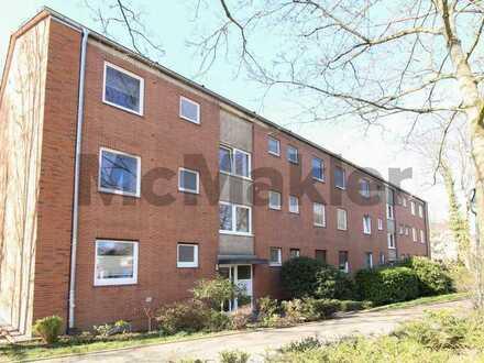 Ohne Käuferprovision: Bezugsfreie 4-Zimmer Etagenwohnung mit Balkon in Düsseldorf-Garath