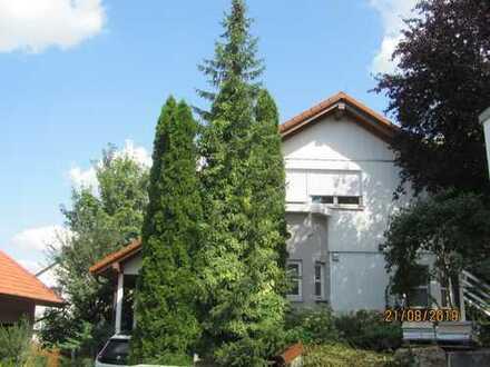 Freist. Haus in ruhiger, idyllischer Lage in Bönnigheim