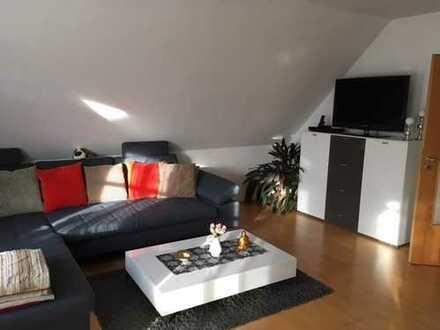 Traumwohnung für Familie oder Paar - 4 Zimmer Whg. mitten in Meitingen