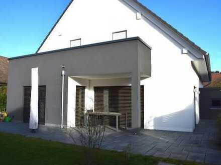 *Baujahr 2013* KEINE STYROPOR-AUSSENDÄMMUNG !!! * Einfamilienhaus (KfW-55), Keller, Garage, Carport!