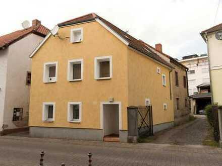 Haus statt Eigentumswohnung, klein aber fein, mitten in Neustadt.
