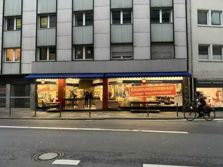 Ladenlokal in werbewirksamer Lage der Bonner Innenstadt zu vermieten