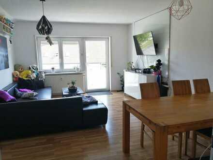 Freundliche 2,5-Zimmer-Wohnung Balkon in 72525, Münsingen