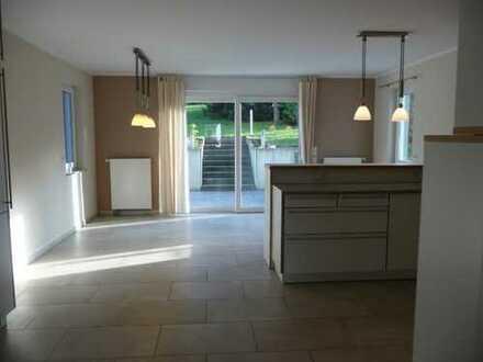 DO-Berghofen - neuwertige Maisonettwohnung - hochwertige Ausstattung - Einbauküche - Südgrundstück