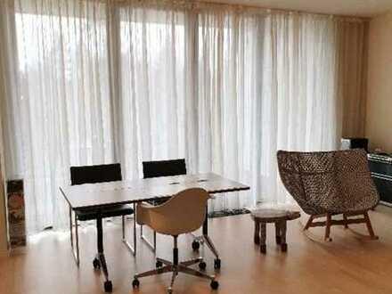 Gepflegte Wohnung mit zwei Zimmern und EBK in Amberg