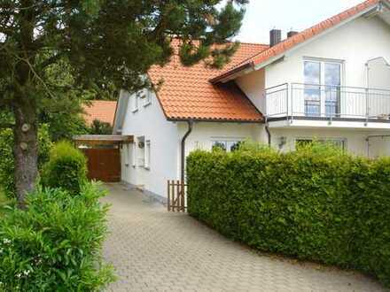 Sehr schöne DHH mit 4 +1 Zimmern in Ravensburg (Kreis), Fronreute