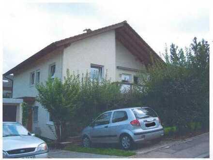 Gepflegte 4-Zimmer-Wohnung mit Balkon in Stuttgart Rohr
