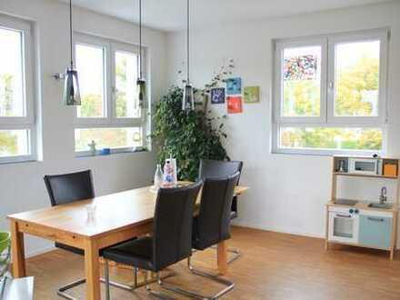 Geräumige, lichtdurchflutete 4-Zimmer-Wohnung in Leinfelden-Echterdingen