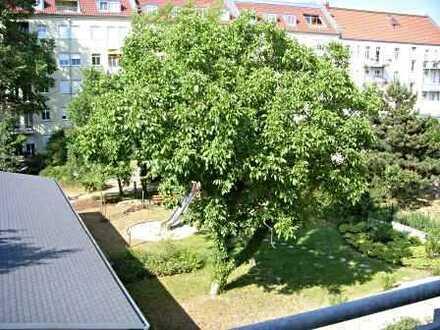 """""""Villa Noyer"""": Sonnige 3-Zimmer-Wohnung mit Südloggia und Balkon zur Gartenseite"""