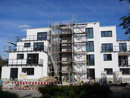 Zentrale Penthouse Wohnung, 93 m², 3 Zimmer, 1.300€