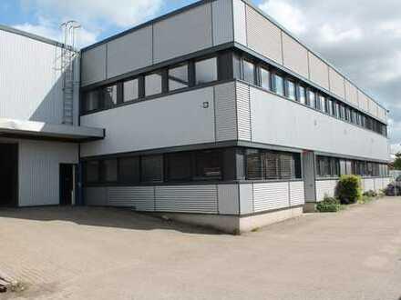 Neukirch Immobilien: 1.125,00 m² Lager- / Produktionshalle mit 164,65 m² Bürofläche und Freifläche