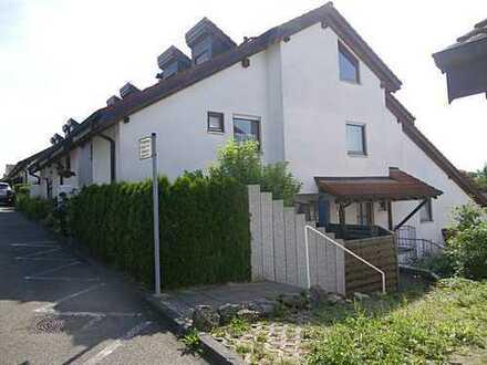 Pfiffige 2-Zimmer-Wohnung mit großer Terrasse
