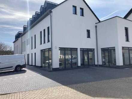 LANGSUR - Ladenlokal - Büro Cafe - Gewerbe -108,63 m² - nach KfW 55 Standard in zentraler Lage