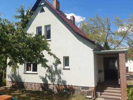 Handwerkerobjekt! Einfamilienhaus mit Nebengelass + Ausbaupotenzial in Werneuchen, OT Tiefensee