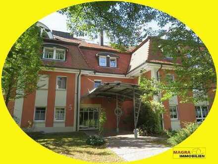 Königsfeld im Schwarzwald - Schicke 2-Zimmer-Wohnung mit TG-Stellplatz in zentrumsnaher Lage!