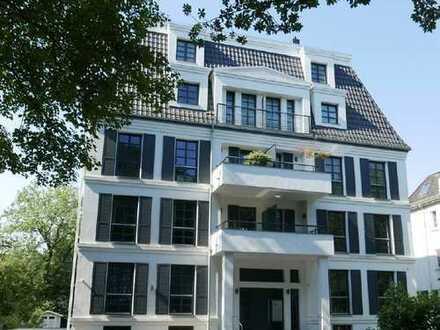 Helle Wohnung mit Sonnenterrasse und Garten in moderner Stadtvilla am Bürgerpark