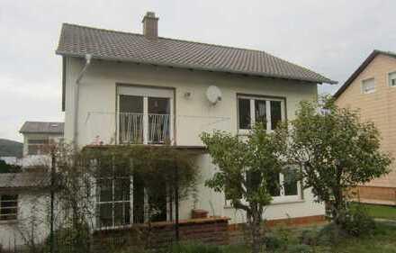 Gepflegtes Einfamilienhaus in guter Lage in Waldfischbach-Burgalben