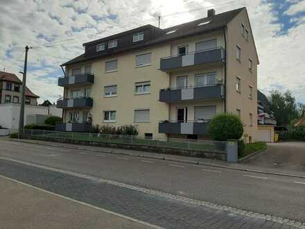 Schöne, modernisierte 3-Raum-Wohnung mit 2 Balkonen in Winnenden