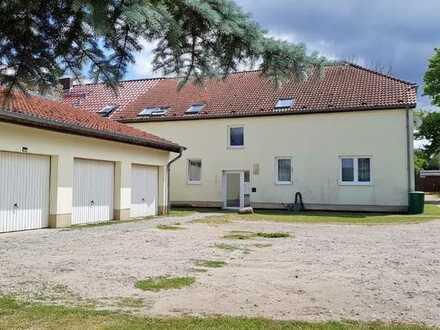 Mehrfamilienhaus in Zootzen auf großem Grund mit viel Natur