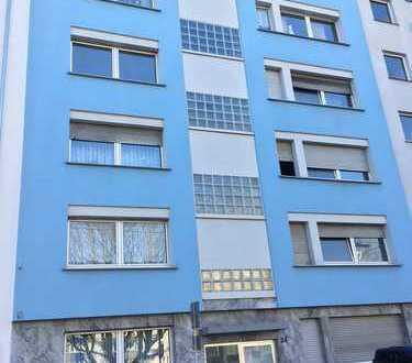 Erstbezug nach Modernisierung- Helle 2 Zim.-Wohnung mitten im Zentrum