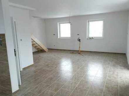 Schöne vier Zimmer Wohnung + offene Küche und Wohn-/Essbereich in Dillingen