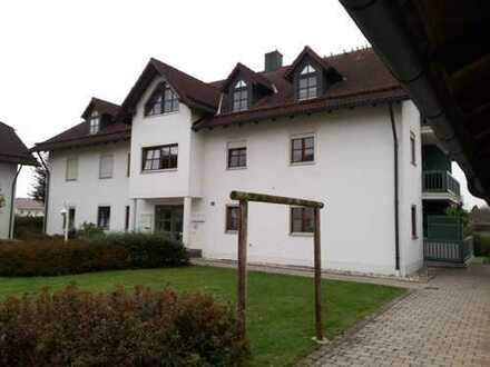 Wunderschöne, helle 3 Zimmer - Wohnung mit großer Loggia, Garage und Stellplatz