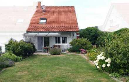Schöne Doppelhaushälfte mit tollem Garten in Aschaffenburg (Kreis), Hösbach