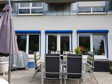 Schönes Haus mit fünf Zimmern in Heidelberg, Kirchheim Neurott