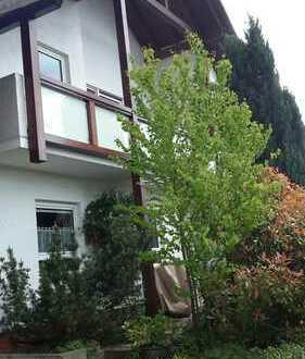 Wohlfühlhaus mit fünf Zimmern für Gartenliebhaber in Schöllkrippen