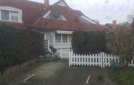 Gepflegte Wohnung in MFH im Landhausstil mit 3 Zimmern sowie Balkon und Einbauküche in Wildeshausen