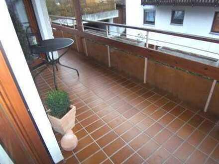 Schöne 3 Zimmer-Whg. mit Balkon und Wintergarten in idyllischer Lage von Ottenbronn! Objekt-Nr. 2550