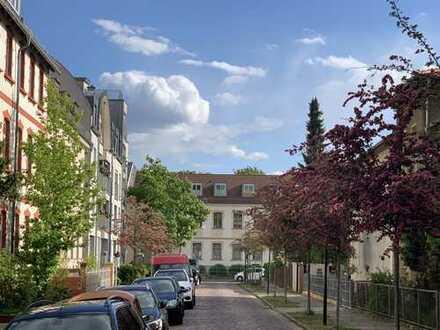 Traumhafte Dachgeschoss-Wohnung in Potsdam Babelsberg