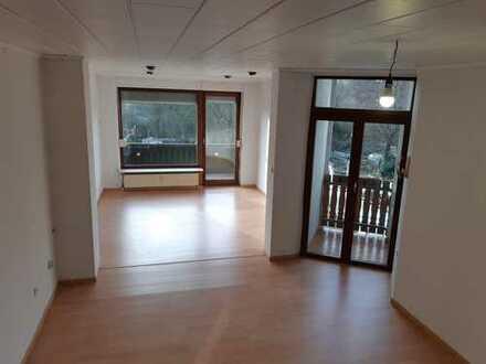 Gepflegte 4-Zimmer-Wohnung mit zwei Balkonen in Marl