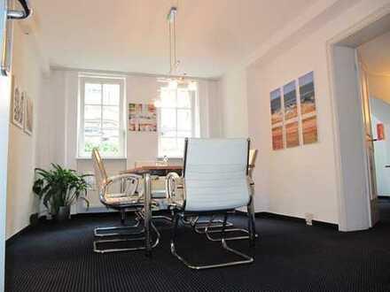 Westend:Repräsentatives Büro im Stilaltbau für Freiberufler