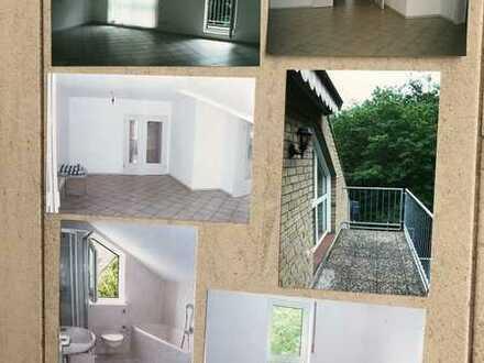 Gepflegte 3-Zimmer-Wohnung mit Balkon und Einbauküche in Rüsselsheim