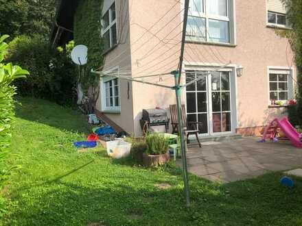 Schöne 3-Zimmer-Terrassenwohnung mit EBK in freistehendem Einfamilienhaus in Bad Soden-Salmünster