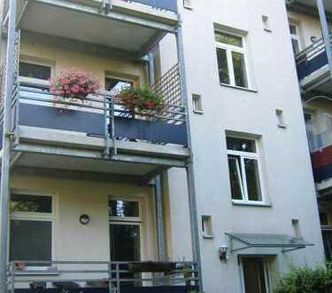Keine ist wie Diese! DREI Zimmer in Chemnitz in ruhiger Lage mit Balkon!