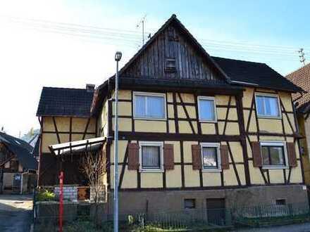 Einfamilienhaus mit Potenzial in Obertsrot - Denkmalschutz