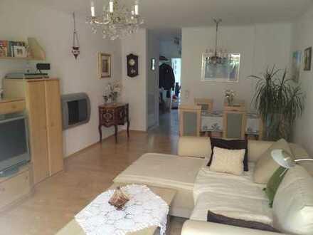 """Sehr schöne Maisonettewohnung """"Haus im Haus"""" von privat zu vermieten"""
